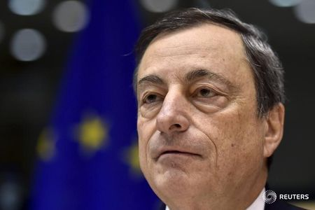 La inflación en la eurozona sigue en negativo