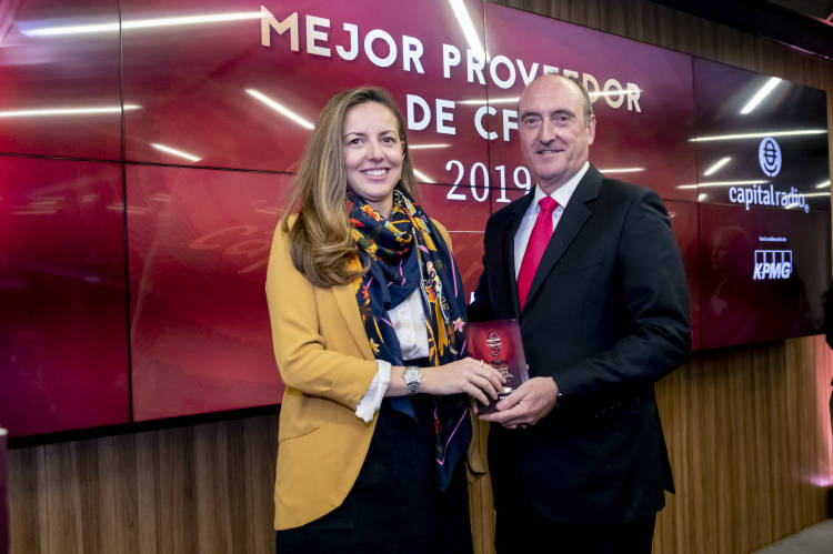 2019-12-12 PREMIOS CAPITAL RADIO 35
