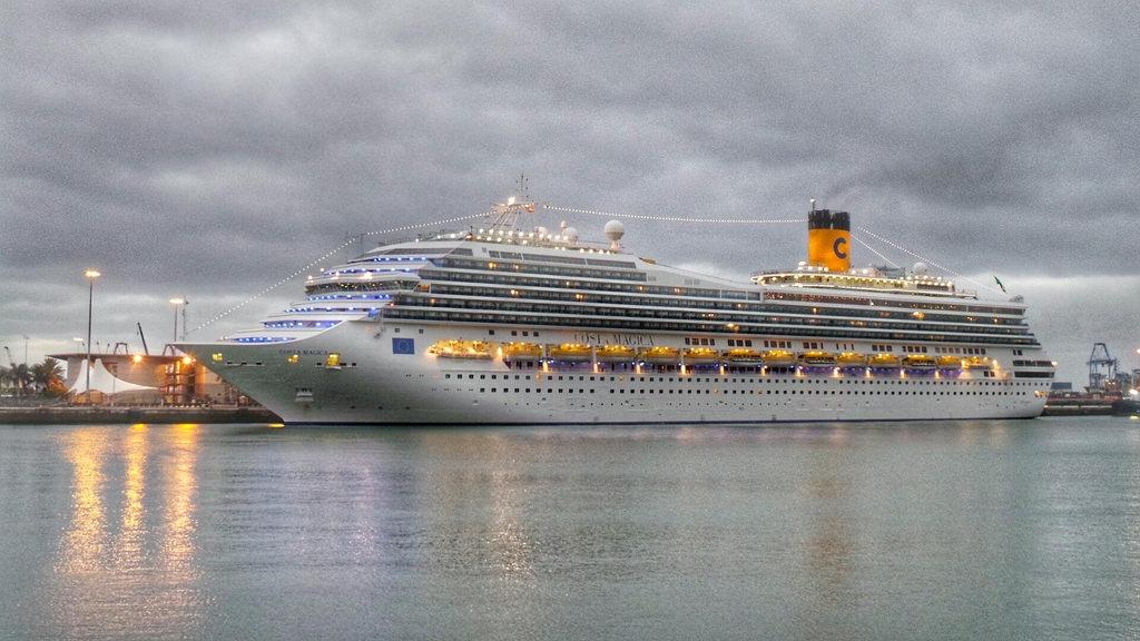 Resultado de imagen de turismo de cruceros las palmas